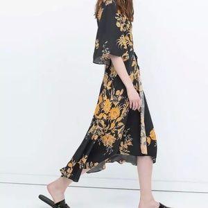 Zara Dresses - Zara Womens Floral Kimono Wrap Dress Size S